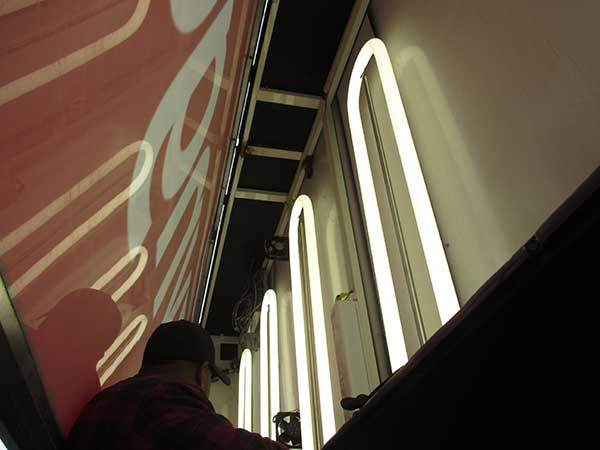 sign-lighting-maintenance