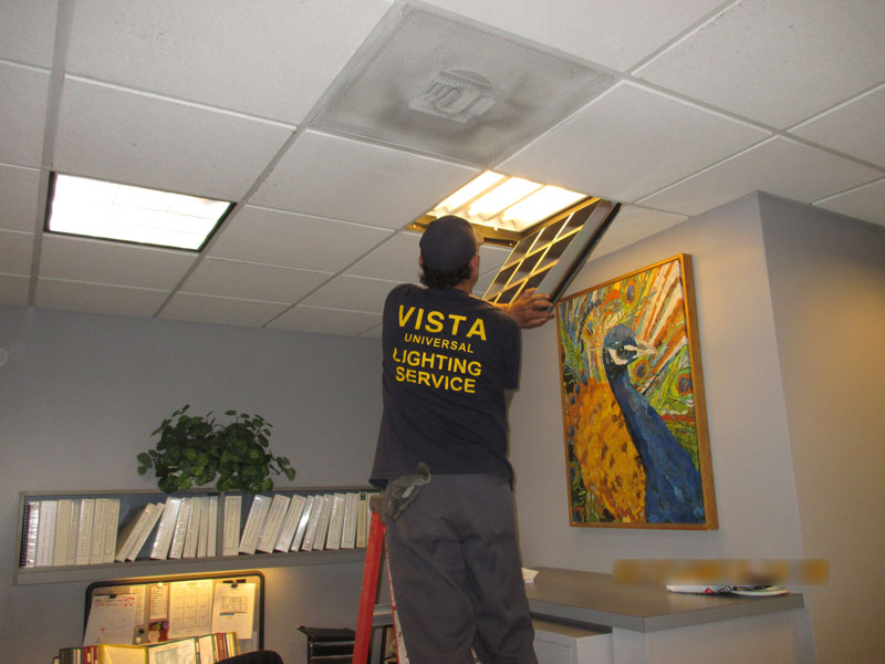 web-pic-31-interior-lighting-maintenance